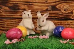 Adornos en el tema de Pascua Foto de archivo