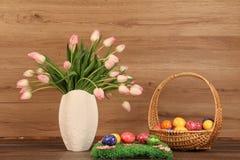 Adornos en el tema de Pascua Imágenes de archivo libres de regalías