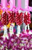 Adornos florales de la guirnalda en Tailandia Fotos de archivo