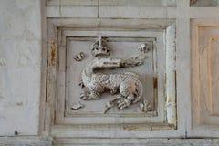 Adornos heráldicos en el castillo Chambord Fotografía de archivo libre de regalías