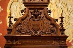 Adornos heráldicos en el castillo Chambord. Fotografía de archivo