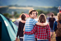 Ados au festival d'été Photos stock
