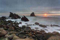 Adraga海滩在葡萄牙 免版税库存图片