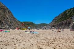 Adraga-Strand in Almocageme, Portugal Lizenzfreies Stockbild