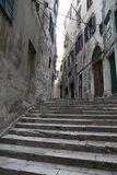 adratic miasta Croatia wąskie sibenik stare schody morskie ulicy zabijecie turysty Obraz Stock