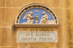 Adres na fasadzie w Vittoriosa, Malta Zdjęcie Stock