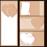 Adreskaartjes of prentbriefkaaren van karton met harten Stock Afbeeldingen
