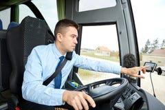 Adresse entrante de chauffeur de bus au navigateur de généralistes photo libre de droits