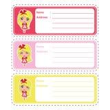 Adressen-Etikett Karikatur mit nettem Mädchen auf dem bunten Hintergrund passend für Kinderadressen-Etikett Design Lizenzfreie Stockbilder