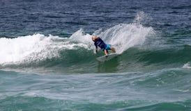 Adrian Buchan - persona que practica surf profesional - Merewether Australia Fotos de archivo libres de regalías