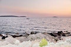 adriatic havssolnedgång royaltyfria foton