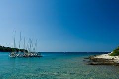 adriatic ' s sail. podpalane piękne łodzie dopłynęli do morza Obraz Stock