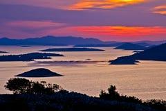 Adriatische Archipelvogelperspektive bei Sonnenuntergang Lizenzfreies Stockfoto