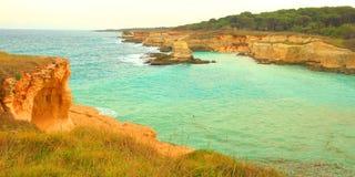 Adriatische Küste in Apulien, Italien Lizenzfreies Stockbild
