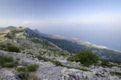 Adriatische Küste im Naturpark Biokovo in Kroatien Lizenzfreies Stockfoto