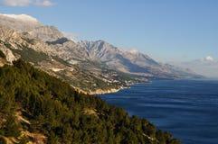 Adriatische Küste und Kapela Gebirgszug, Kroatien Stockbilder