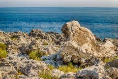Adriatische Küste von Salento Stockbilder
