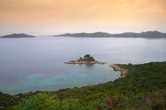 Adriatische Küstenansicht, Kroatien Lizenzfreie Stockfotos