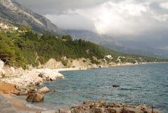 Adriatische Küstenlinie, Kroatien Stockbild