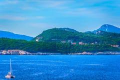 Adriatische Küstenlinie in Kroatien, Mittelmeer Stockbild