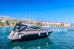 Adriatische Landschaft in Trogir, Kroatien Lizenzfreie Stockfotos