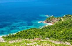 Adriatische Seeküste in Budvan Riviera, Montenegro Stockfoto