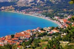Adriatische Stad van luchtpanorama Baska Stock Fotografie