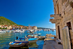 Adriatische Stadt alter Architektur Komiza Stockbilder