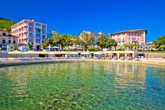 Adriatische Stadt der Strand- und Ufergegendansicht Opatija Stockfoto