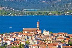 Adriatische Stadt von Betina-Ansicht Stockfoto
