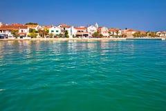 Adriatische Stadt von Petrcane-Ufergegend Stockbild