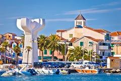 Adriatische Stadt von Vodice-Ansicht Stockfotografie