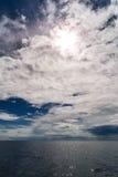 Adriatischer bewölkter Meerblick Stockfoto