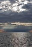 Adriatischer Meerblick bei drastischem Sonnenuntergang in Istria, Kroatien Stockfoto