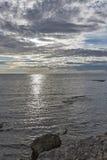 Adriatischer Meerblick bei Sonnenuntergang in Istria, Kroatien Stockbild