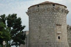 Adriatischer Steinkontrollturm Lizenzfreie Stockbilder