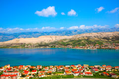 Adriatischer Strand in PAG Stockfoto