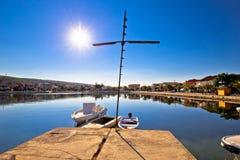 Adriatisches Dorf der bunten Ufergegendansicht Bibinje Lizenzfreie Stockfotos