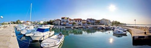 Adriatisches Dorf von Diklo-Panoramablick Lizenzfreie Stockfotos