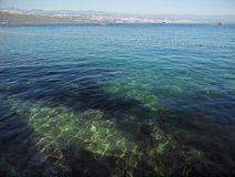 Adriatisches Meer in Banken Kroatien Stockbilder