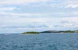 Adriatisches Meer bei Rovigno, Kroatien Lizenzfreies Stockfoto