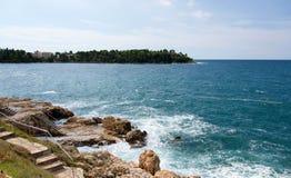 Adriatisches Meer bei Rovigno, Kroatien Lizenzfreie Stockfotos