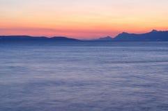 Adriatisches Meer bei Sonnenuntergang in Podgora Lizenzfreie Stockfotografie