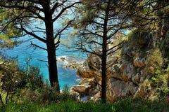 Adriatisches Meer, felsige Küste, saubere Himmellandschaft der Mittelmeerregion, Montenegro Stockfotografie