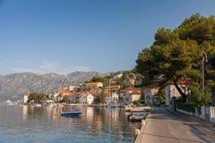 Adriatisches Meer, Montenegro, Bucht von Kotor. Perast Lizenzfreie Stockfotos