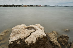 Adriatisches Meer in Sukosan Stockbild