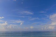 Adriatisches Meer und Himmel Lizenzfreie Stockfotografie