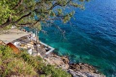 Adriatisches meeres- Café auf dem Strand, Dubrovnik Kroatien Stockfotografie