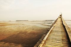 Adriatisches See- und Holzbrücke Lizenzfreie Stockbilder