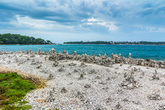Adriatisches Seeansicht bei Rovinj, populärer touristischer Bestimmungsort der kroatischen Küste Stockbild